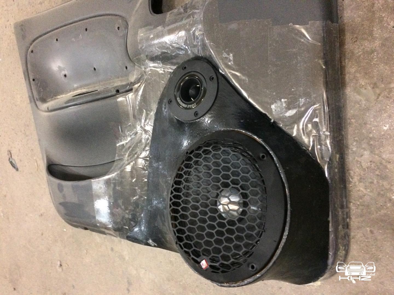 Как самостоятельно сделать простой подиум под акустику для автомобиля